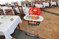 Столовая, стульчик для кормления