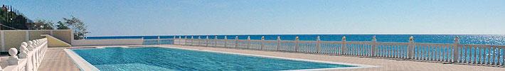 Бассейн с морской водой